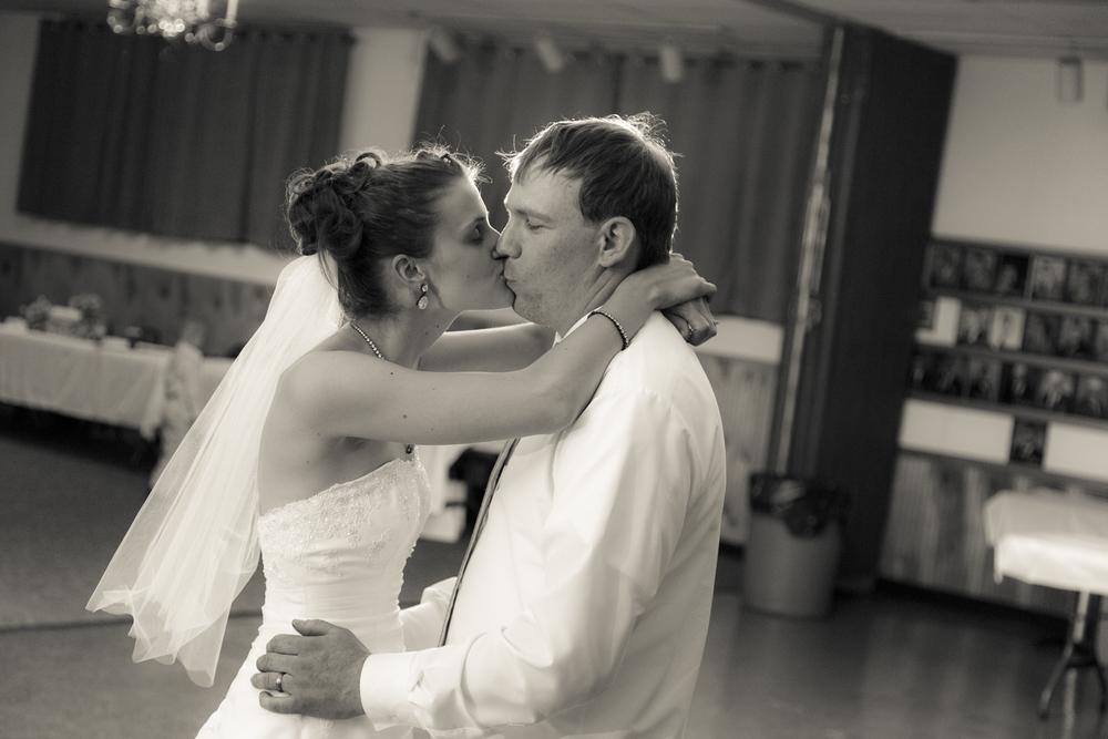 scranton-wedding-photography-zak-zavada-2015.05-kimDave-0889.jpg