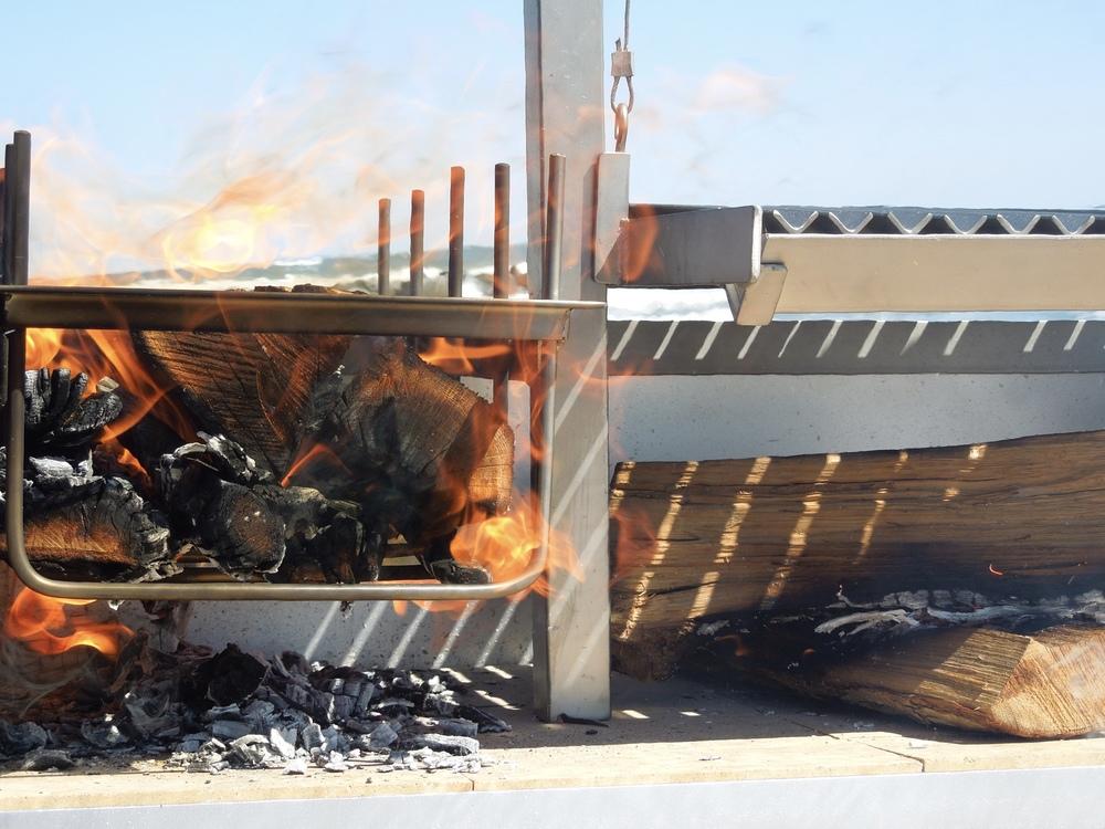 Urban Asado Gaucho-style Wood fire BBQ Grill
