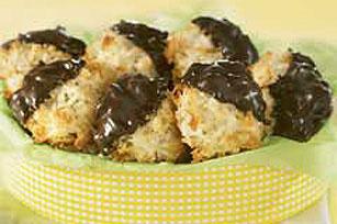 Chocolate-Dipped_Coconut_Macaroons_ver2.jpg