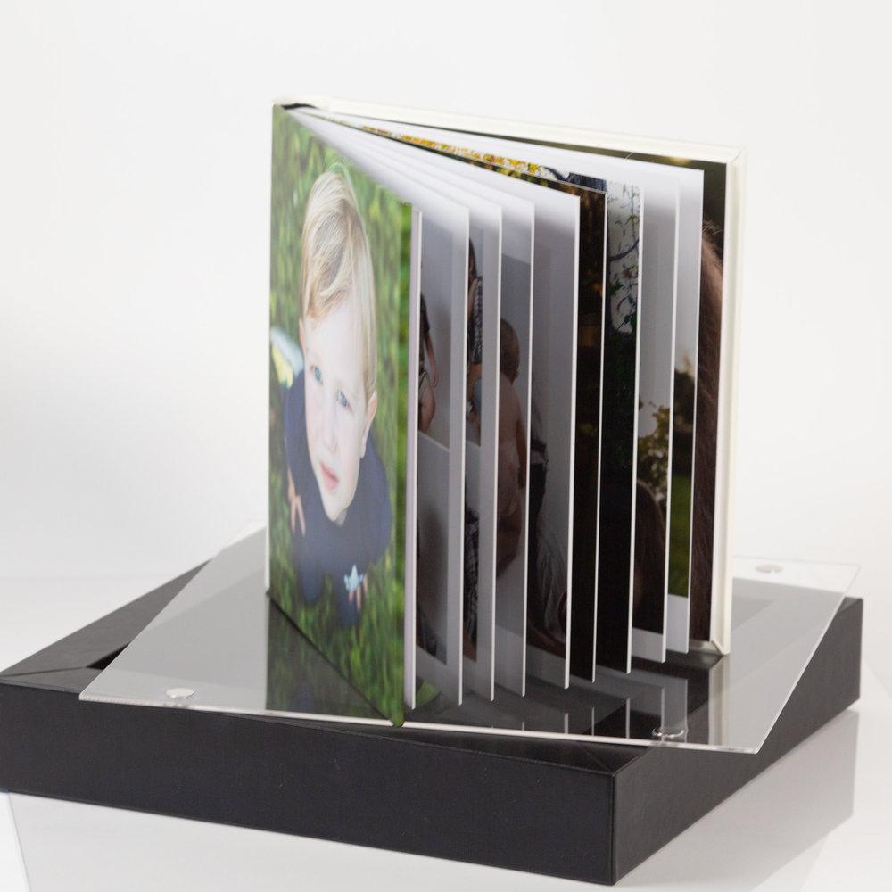 DanaFramesPhoto+Design_ Product Albums Frames-30.jpg