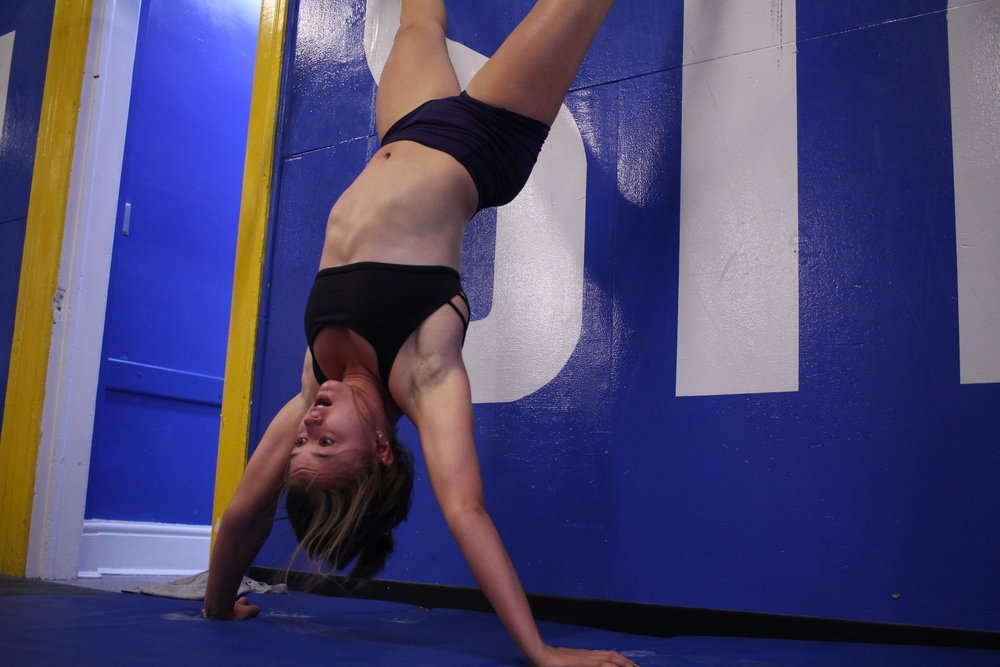 handstand push-ups  Strict handstand push-ups  Seated press with dumbbells  Barbell shoulder press (strict or push press)  Standing dumbbell press on one leg with eyes closed
