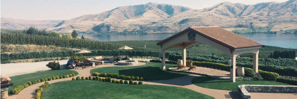 benson-vineyards-lake-chelan-wine