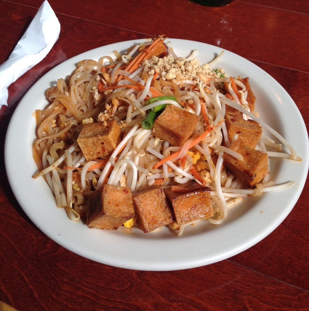 sala-thai-spokane-phad-thai