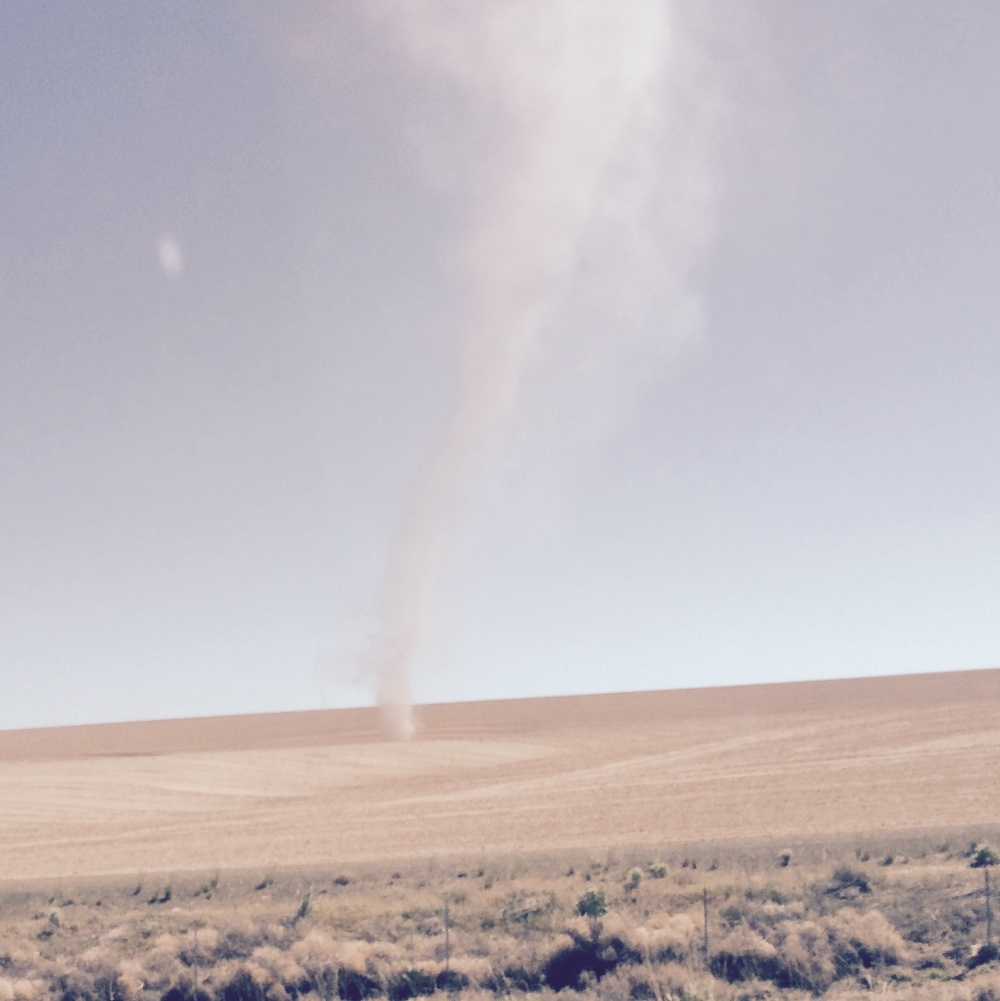 dust-devils-eastern-washington-roadtrip