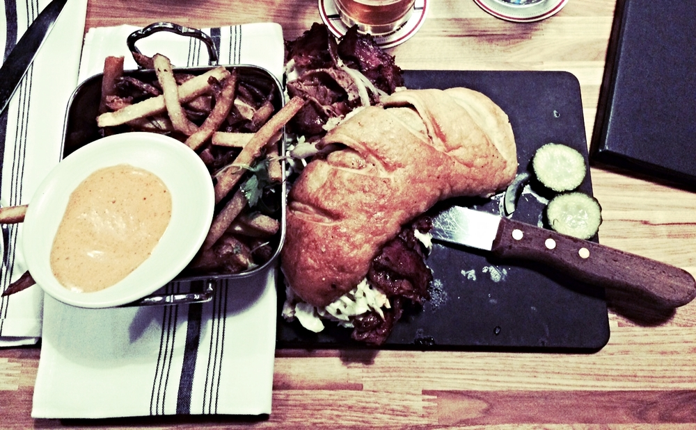 beef-brisket-sandwich-the-blackbird-spokane