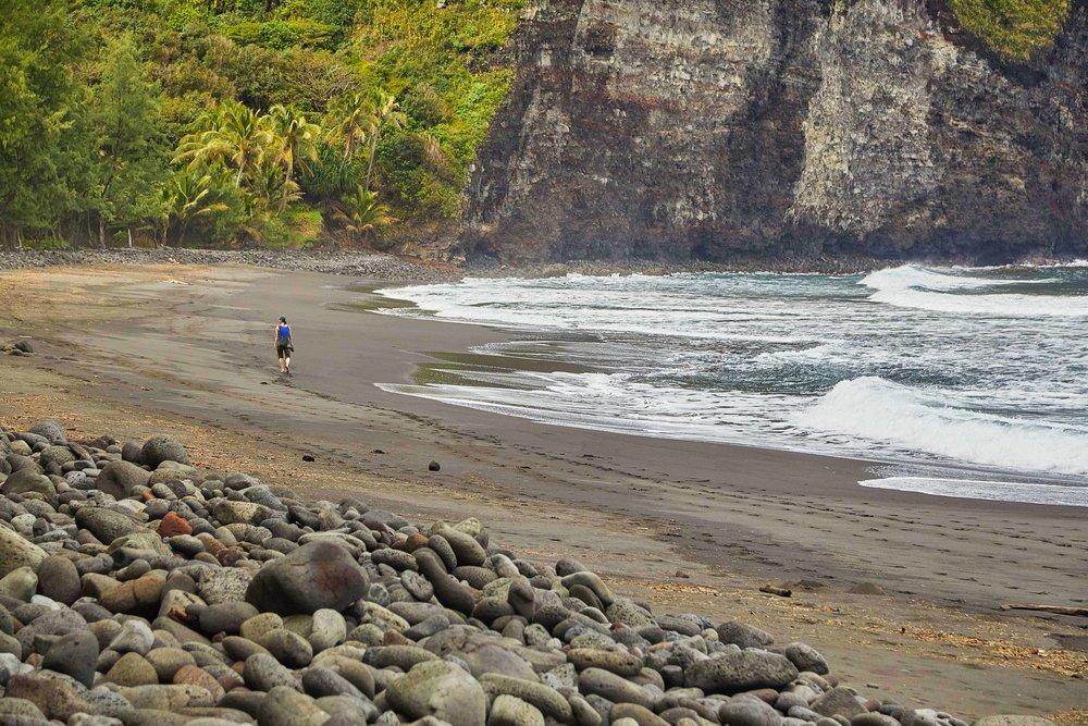 767A2803_Wendy Waipi'o beach stroll.jpg