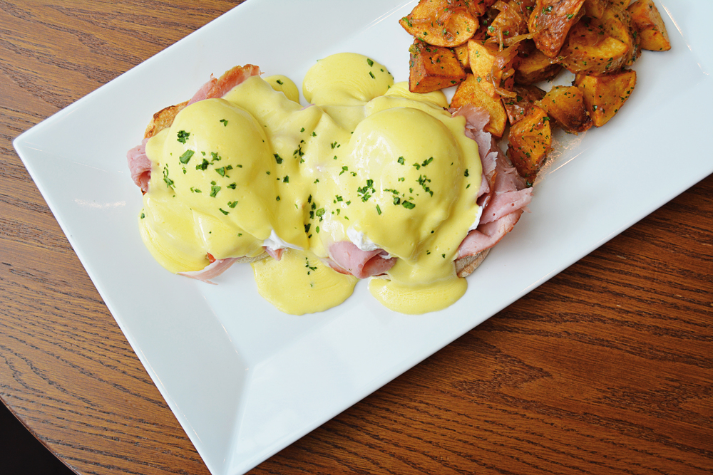 Loulay Eggs Benedict