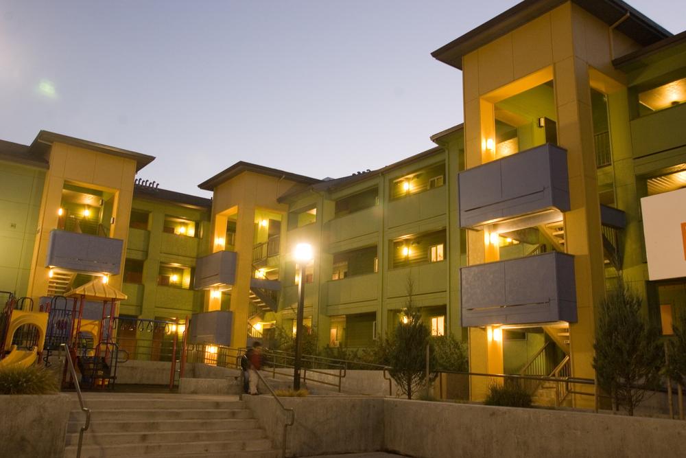 Villa de Mariposas -- 71 units -- (503) 493-1315 -- 5020 NE Killingsworth Street, Portland, OR 97218