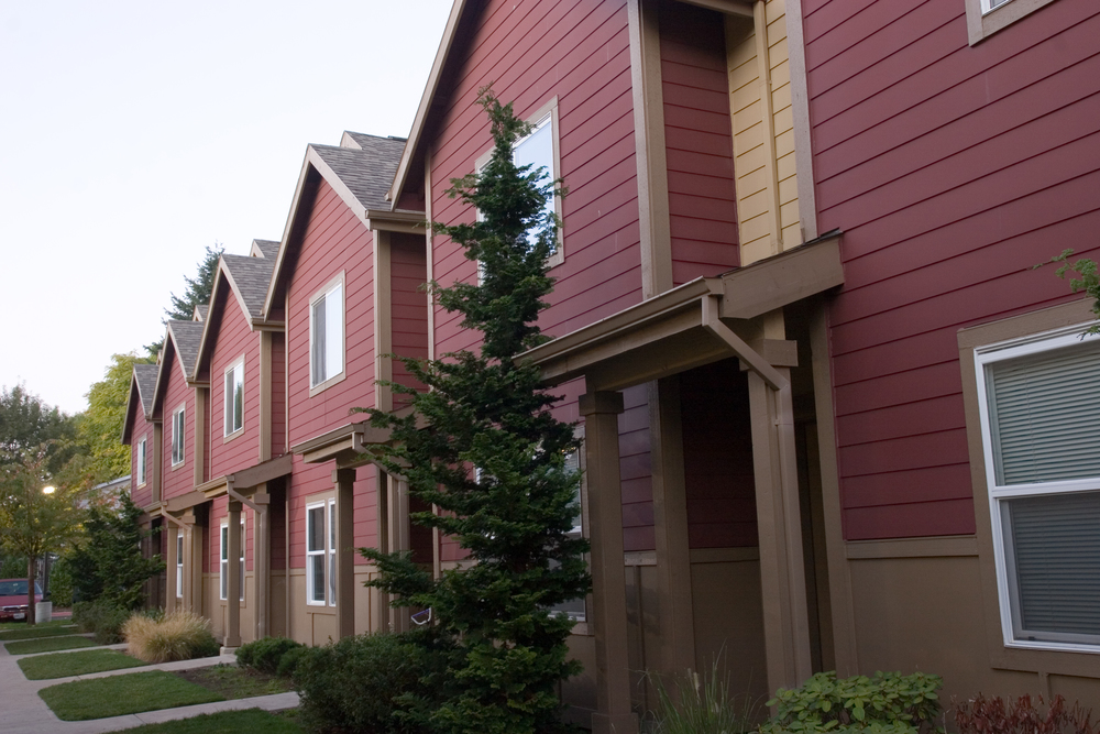 Los Jardines de la Paz -- 43 units -- (503) 335-9603 -- 5530 NE 60th Ave., Portland, OR 97218