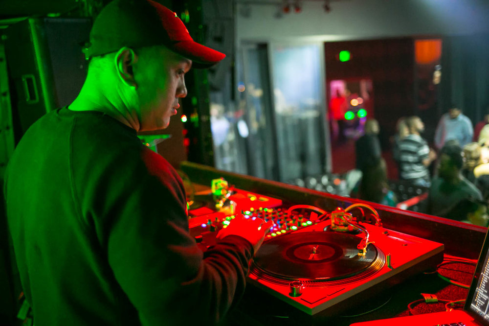 DJ Supagi @ Luckystrike - Bellevue Club Photography