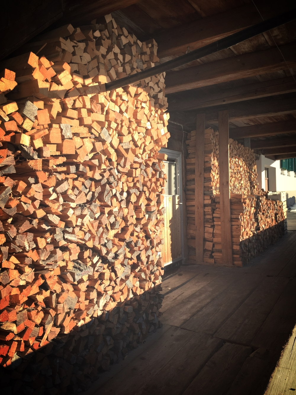 I think my wood stack at home could use some Swiss organizing.
