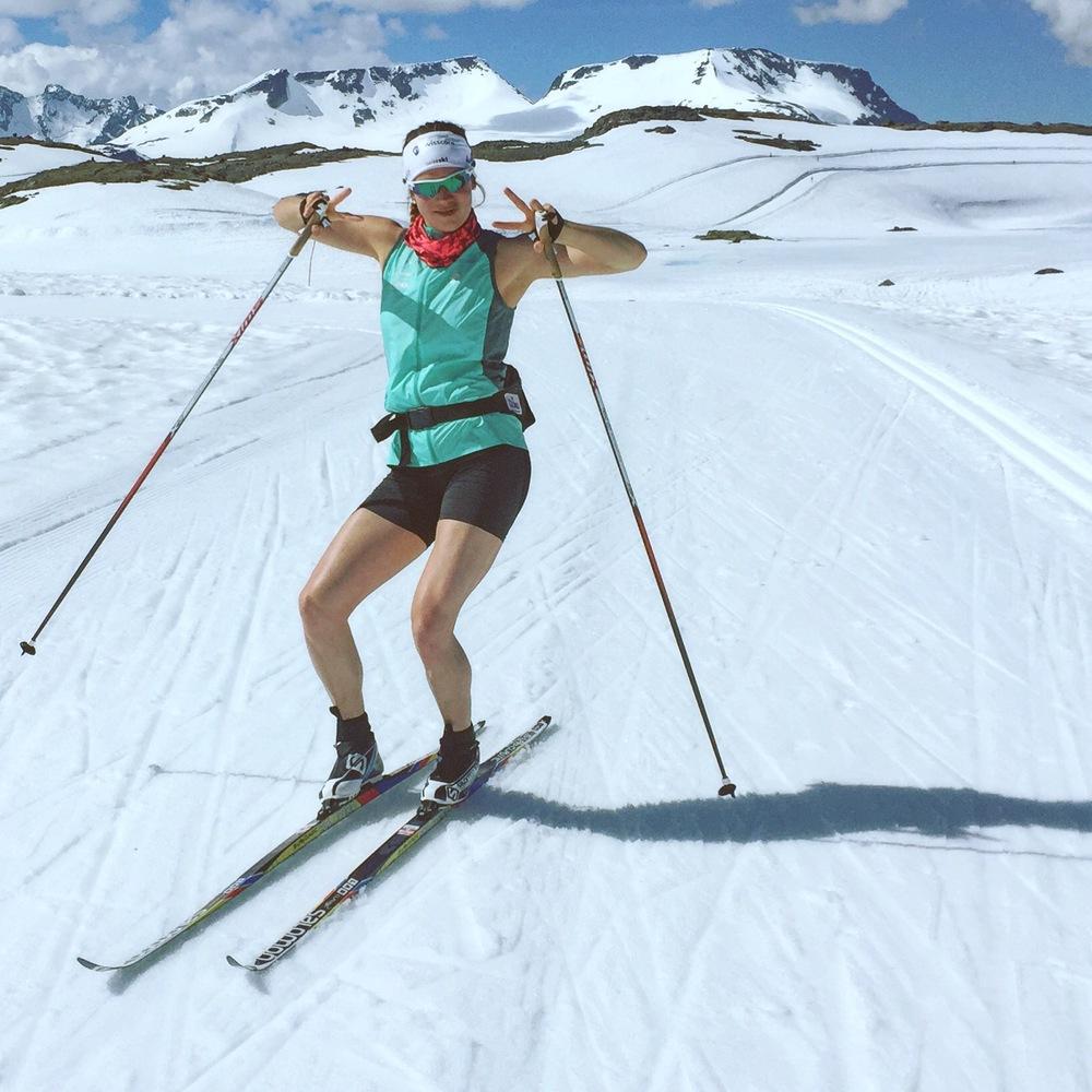 Ski twerk.