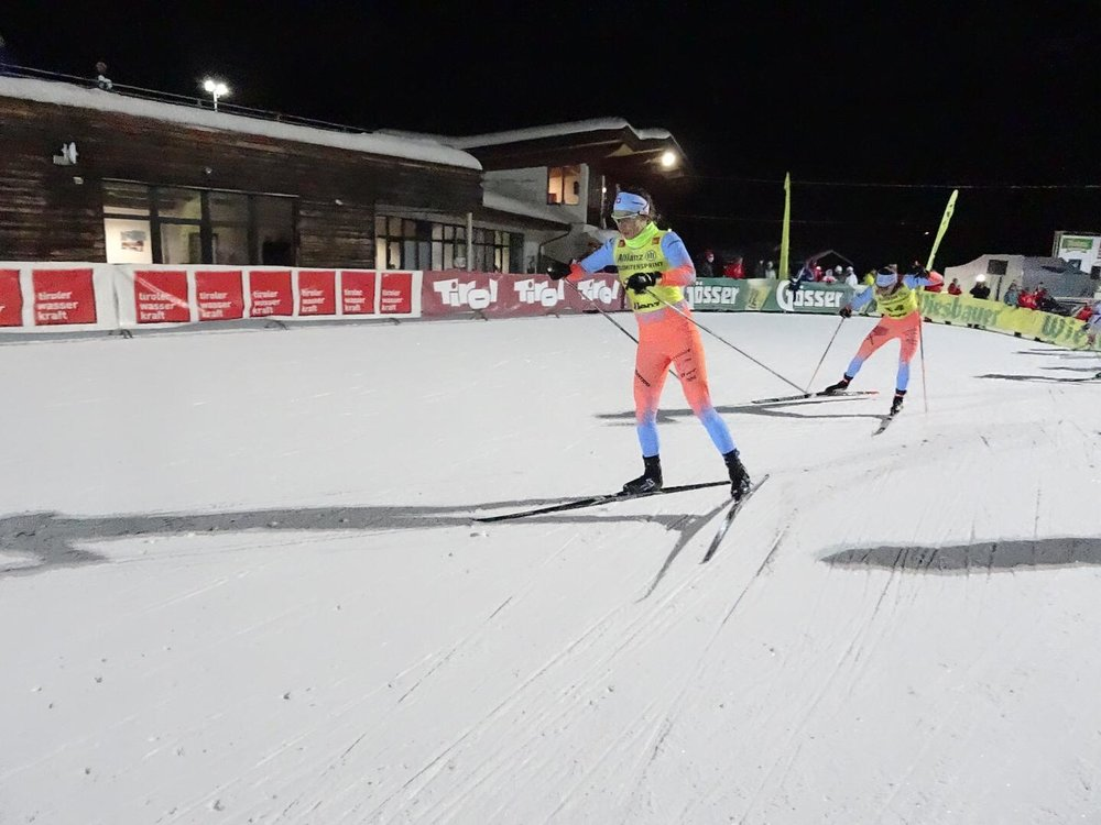 Sprinting under the night lights Photo: Mathias Inniger