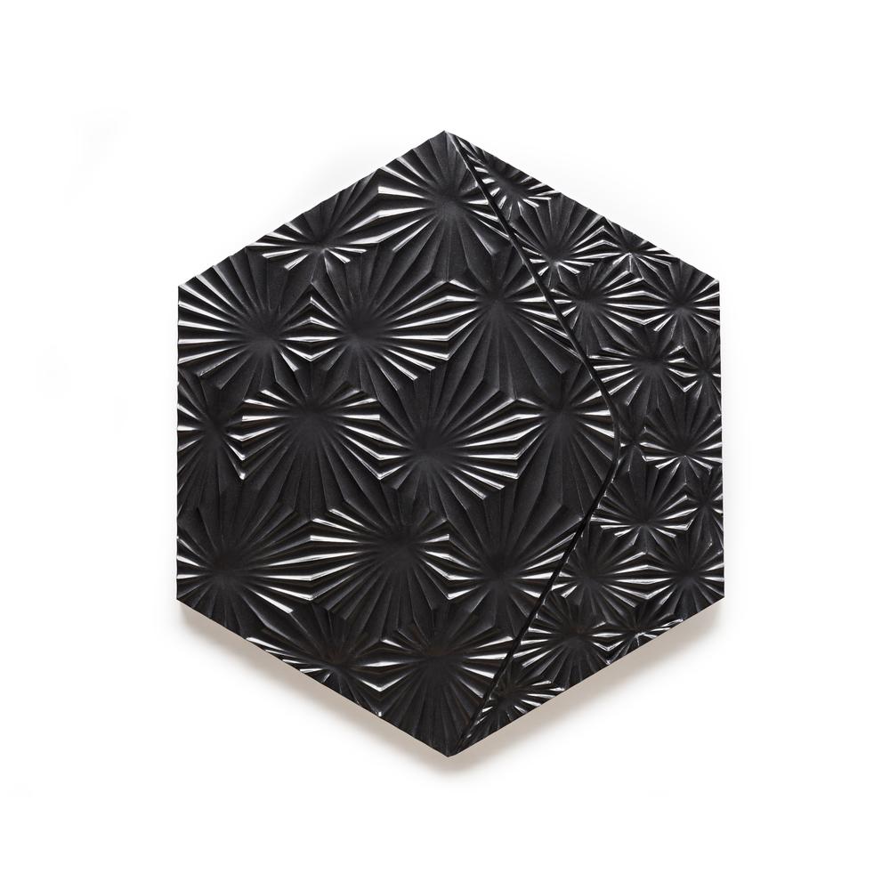 Tile 1 in Glossy Black