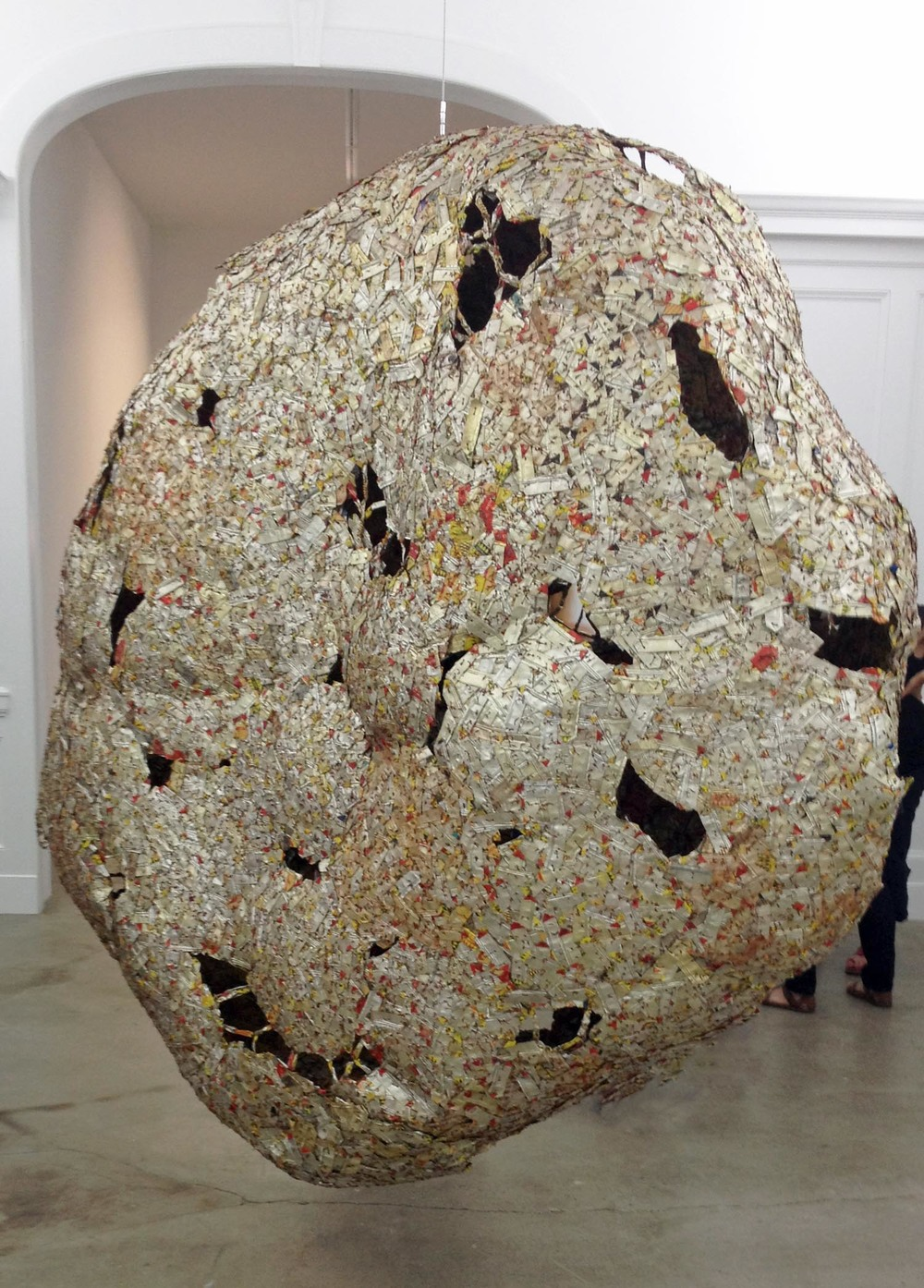 WOMB OF TIME ©EL ANATSUI.  COURTESY OF THE ARTIST AND JACK SHAINMAN GALLERY, NEW YORK