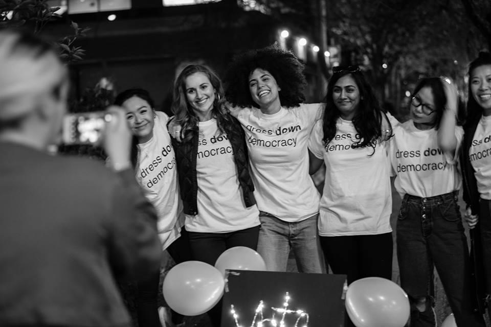 AGIR - Une initiative de Service Jeunesse Canada, AGIR aidera les jeunes afin qu'ils et elles puissent co-créer des projets communautaires et contribuer au renforcement de notre tissu social et démocratique.