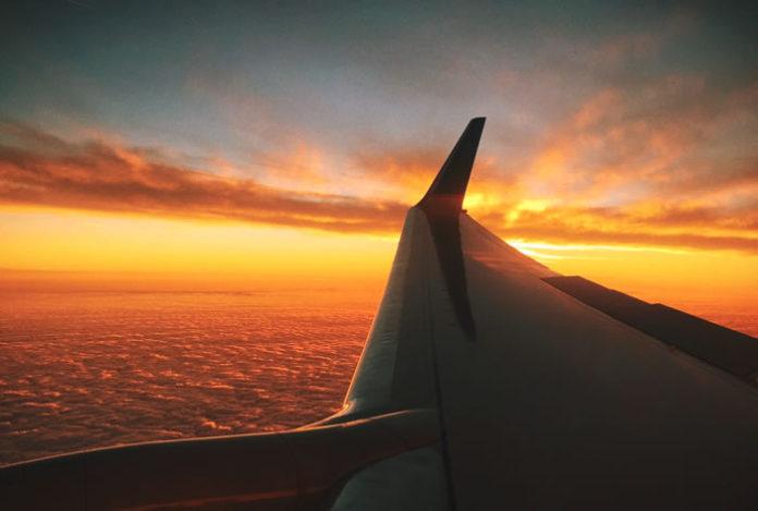 plane-sky-696x469.jpg