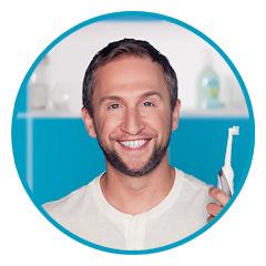 Ретушь рекламной фотосессии Oral-B с Оскаром Кучерой..