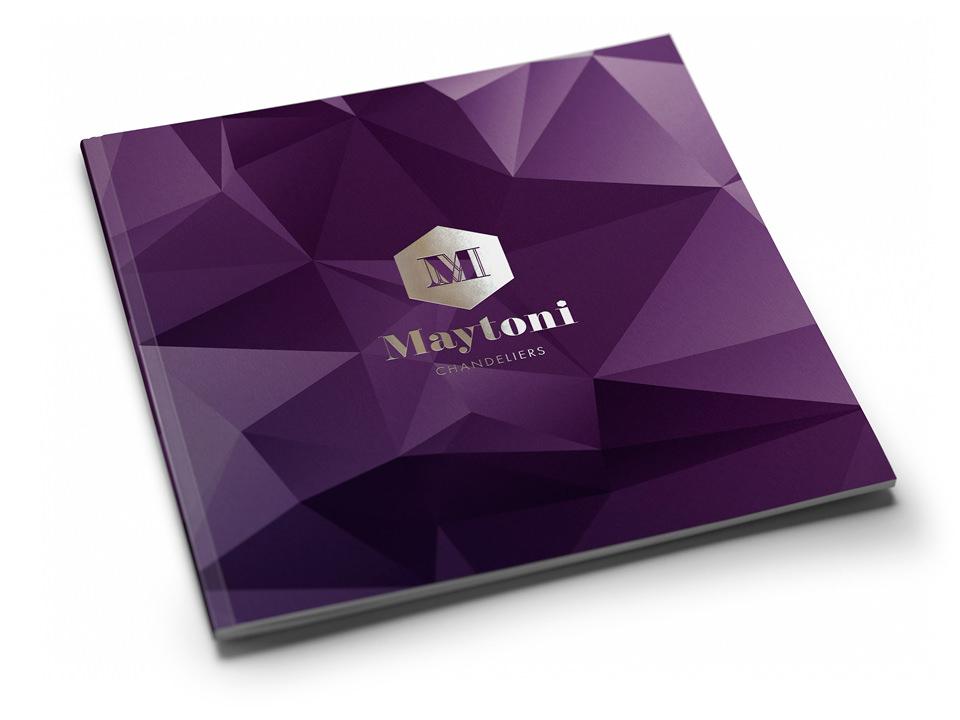Пример обложки имиджевого каталога Maytoni с использованием нового фирменного стиля..