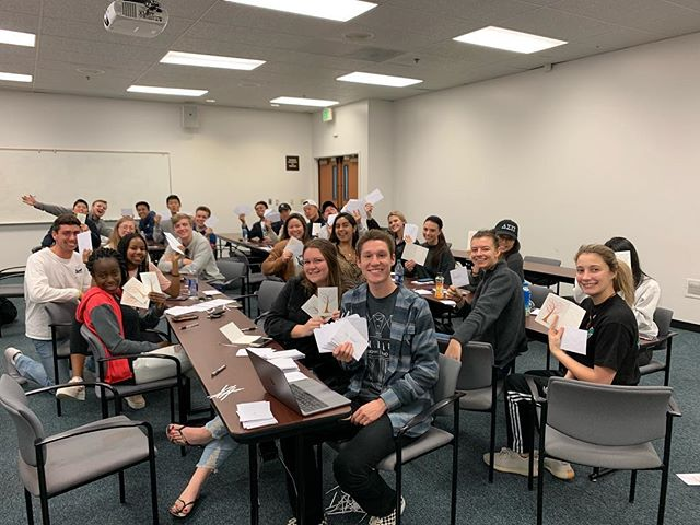 Today, collegiate brothers and pledges wrote over 200 thank you cards for members of the Pepperdine community who are often under appreciated including all custodial staff and dining service employees. These cards will be delivered on Valentine's Day to express how much we appreciate their hard work! #communityservice #thankyou