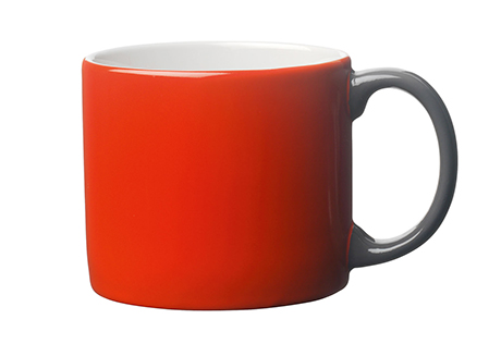Toast's Yaki mug in pillarbox red and anthracite