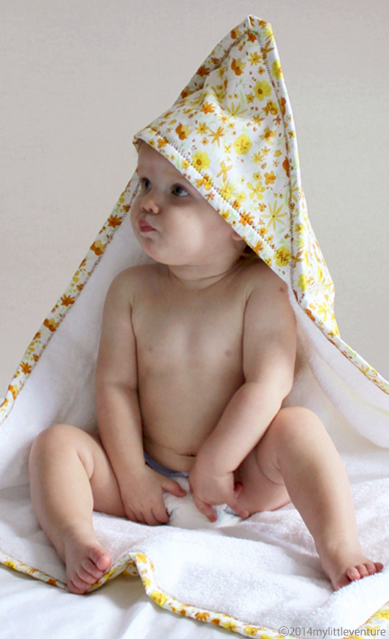 Baby towel Yellow Blossoms design