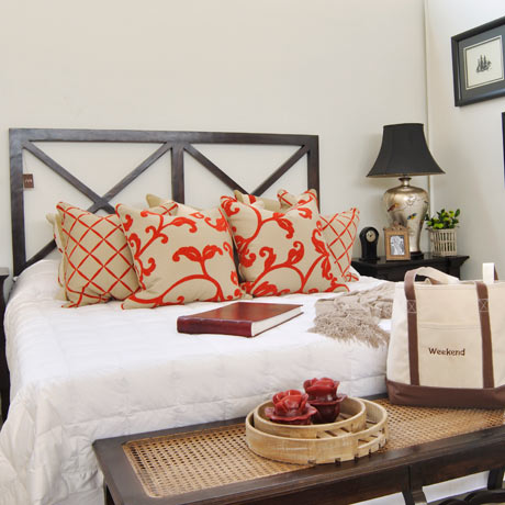 Barnsley_House_Headboard_Siddington_Chest
