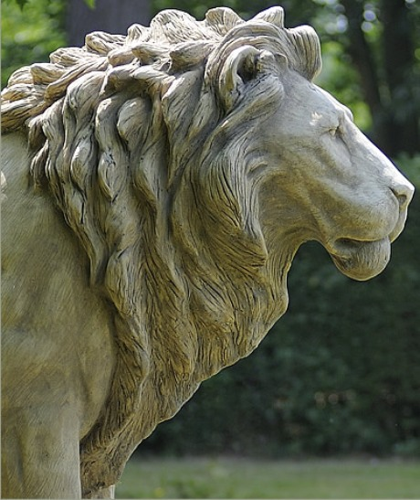 Cavendish stone - Lion