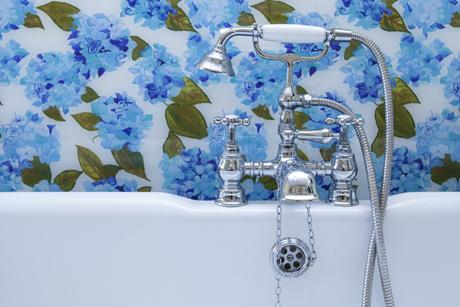 Emma-Britton-Blue-&-White-Hydrangea-Splashback