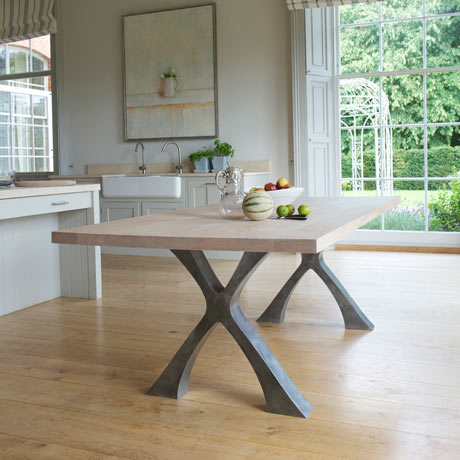 Exe dining table with solid oak top
