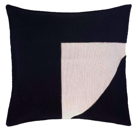 Graphic_Africa_cushion4