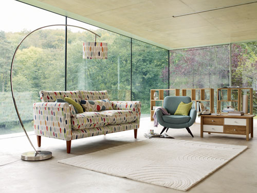 Laura-Ashley-Off-the-Wall-Newman-Sofa-LIfestyle