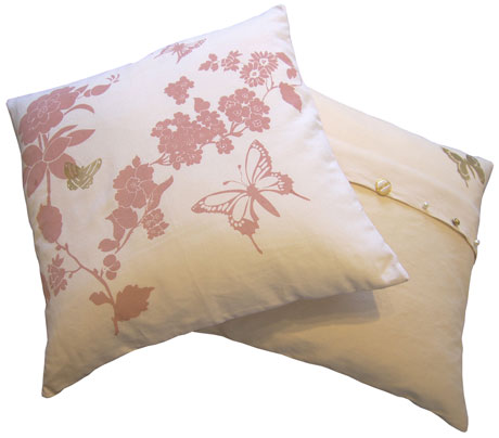 Laura-Felicity-Pretty-Flower-Cushion,-Dusky-Pink-front-and-Ivory-back