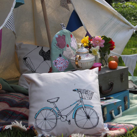 Poppy Treffy bike cushion