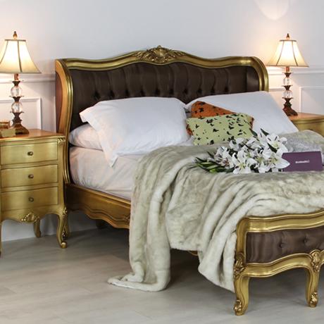 Rococo-Furniture-Market-003