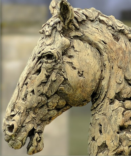 Stone horses head by Cavendish Stone
