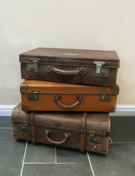 TheDen&Now_VintageLeatherLuggage_Group