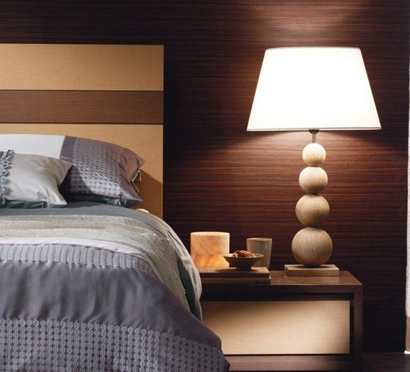 reading ample task lighting enhances bedtime reading and journal. Black Bedroom Furniture Sets. Home Design Ideas