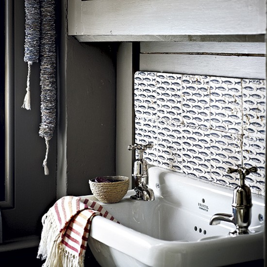 bathroom-tile-ideas-reclaimed-fish-print-tiles