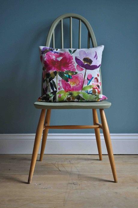 cushions,floral