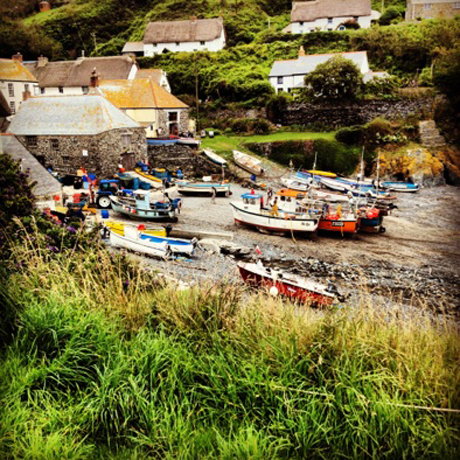 cadgwith-fishing-cove