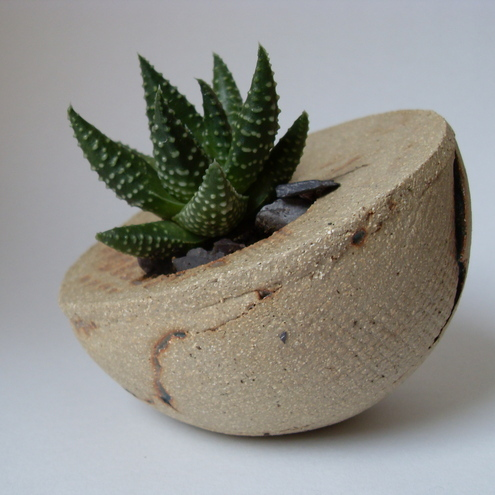 Coracle Stoneware planter