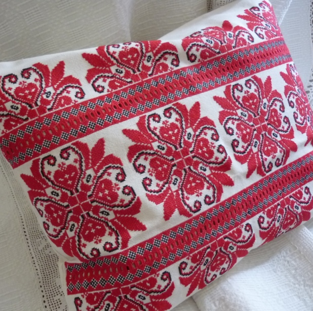 Hand Embroidered Cross Stitch Cushion from Parna