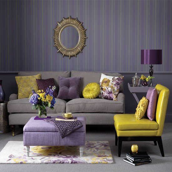 traditional-living-room-purple&yellow