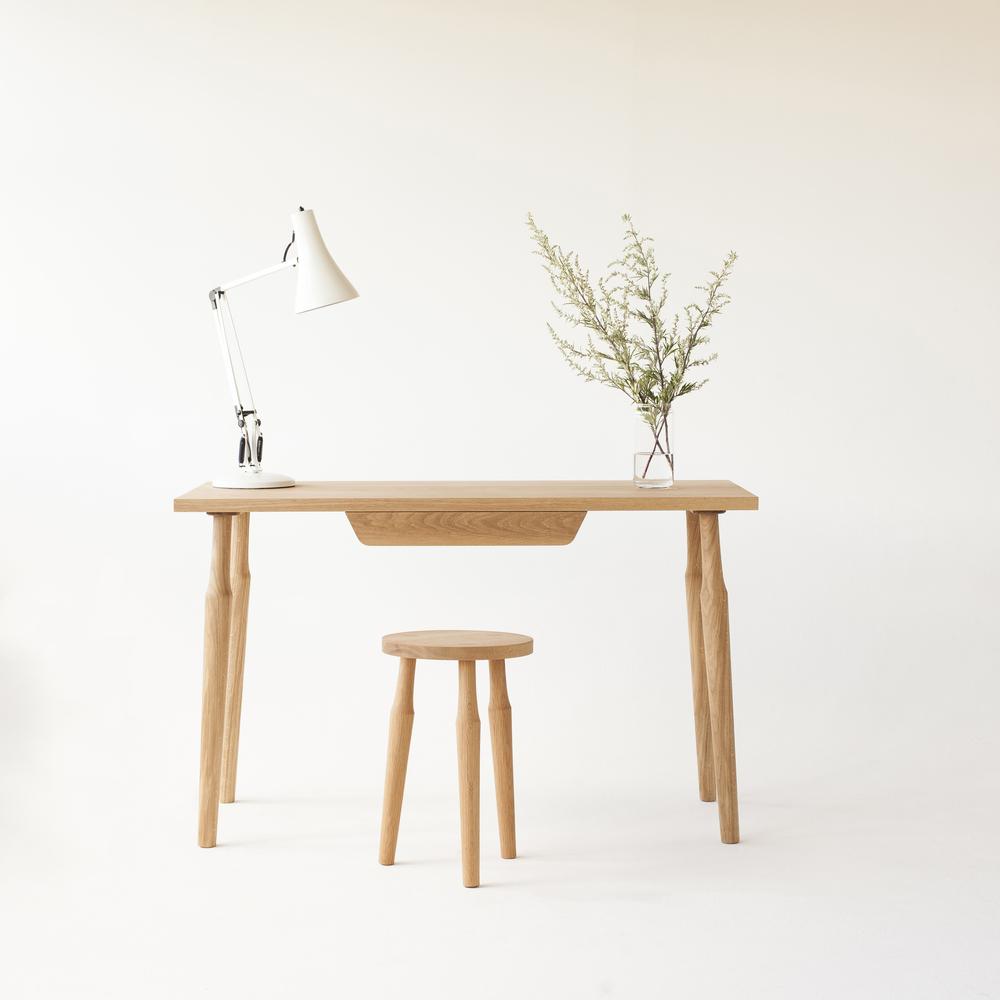Lina desk