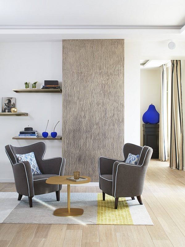 Stephanie Coutas - Parisian Apartment [7].jpg