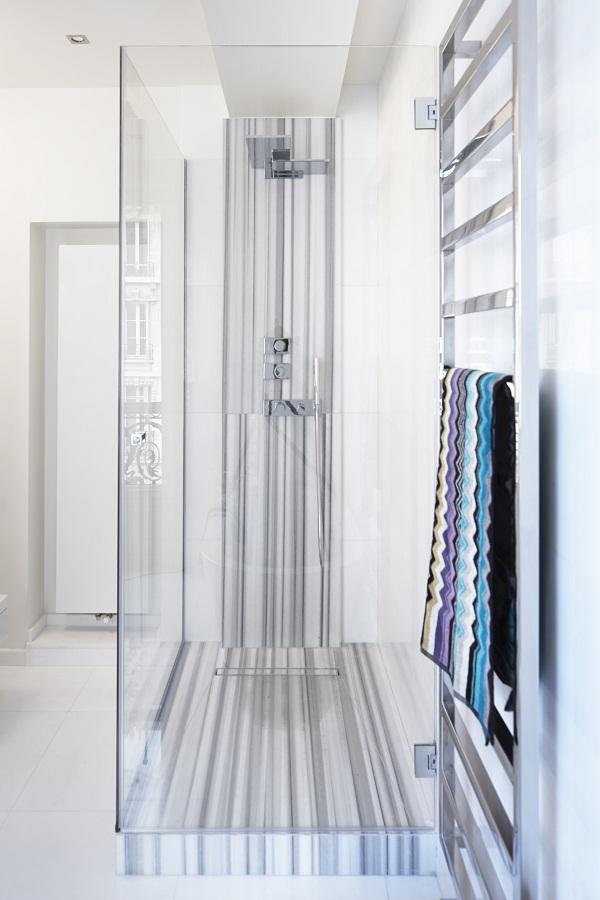 Stephanie Coutas - Parisian Apartment [9].jpg