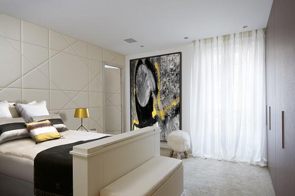 Stephanie Coutas - Parisian Apartment [1].jpg