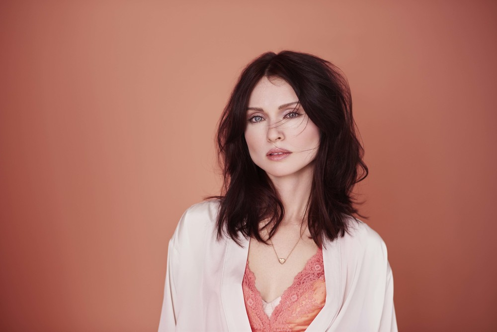 Sophie Ellis-Bexter announced as face of 'Copper Blush' for Dulu