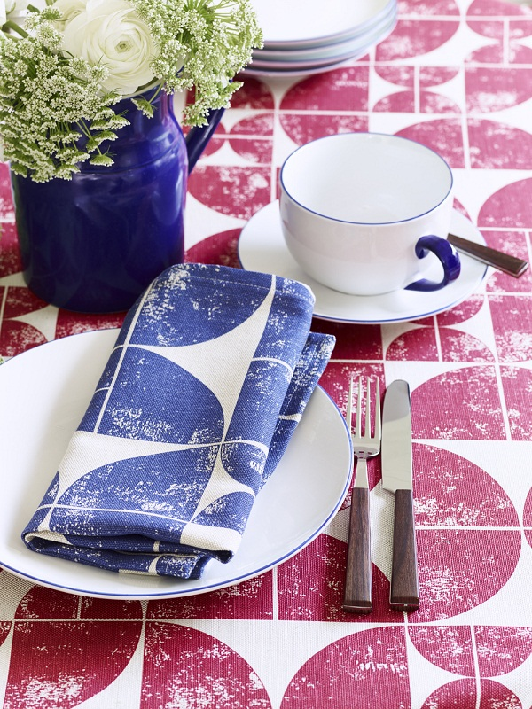 Tablecloth in Acton Peony, napkin in Acton Navy